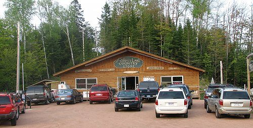 forest-lake-country-store.jpg